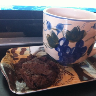 chocolate chip cookies, tea, writing motivation